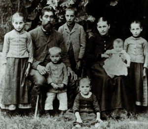 Die Familie von Gottlob I. Biedlingmaier 1893.