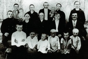Familie Schwindt 1930 in Morgentau/ Deutsche Wolga-Republik.