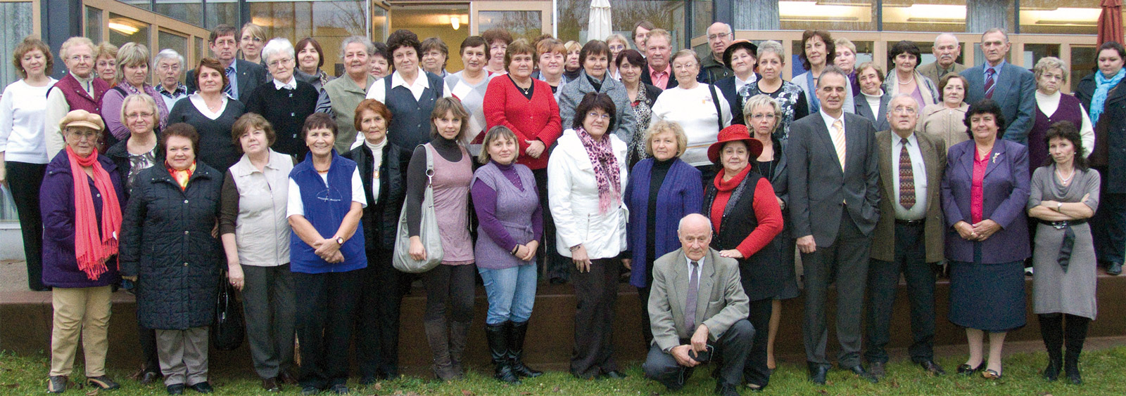 Teilnehmerinnen und Teilnehmer von Multiplikatorenschulungen der Landsmannschaft in Nienburg.